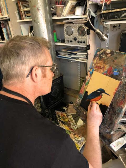 Kevin McSherry demonstration at gold leaf art workshop in Dublin