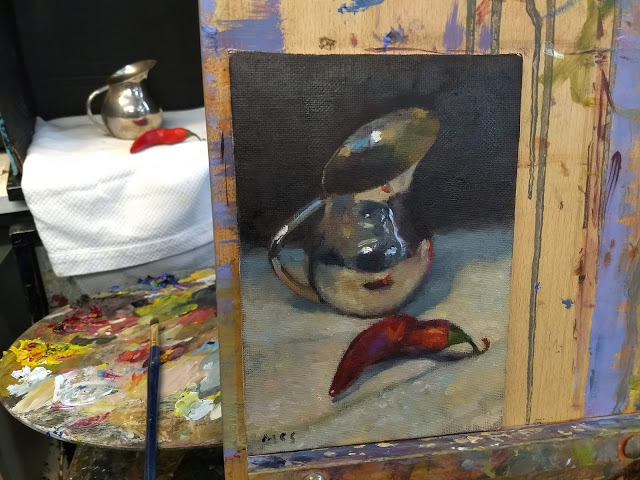A demonstration of alla prima (wet into wet) painting of a silver jug and chili pepper in the studio of Kevin McSherry